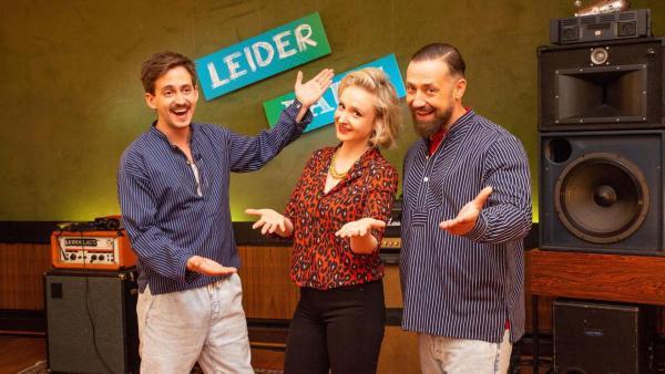 Leslie Clio mit Marti Fischer und Bürger Lars Dietrich. | Rechte: ZDF