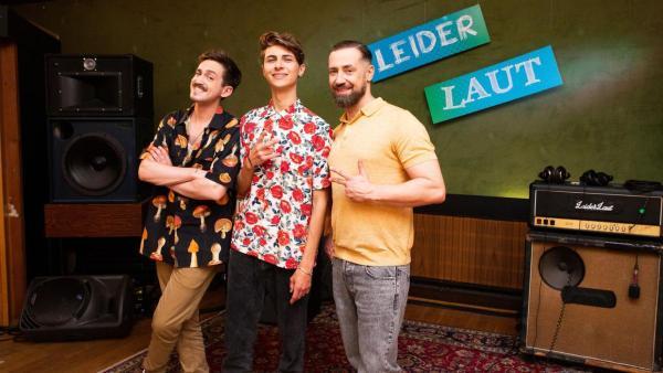 Lukas Rieger mit Marti Fischer und Bürger Lars Dietrich. | Rechte: ZDF