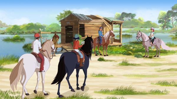 Die Freunde der Ranch (v.l.:) Angelo, Lena, Nico und Anna sind auf der Suche nach einem geheimen Ort.  | Rechte: hr/Télé Images