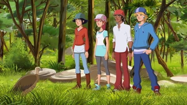 (v.l.) Lena, Anna, Angelo und Nico finden einen verwundeten Geier.   Rechte: hr/Télé Images