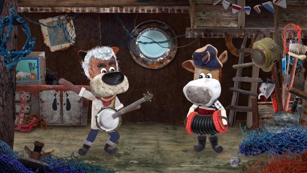 Tom und Salty bereiten sich auf die Party vor und machen zusammen Musik, wie früher.<br/> | Rechte: KiKA/Sixteen South