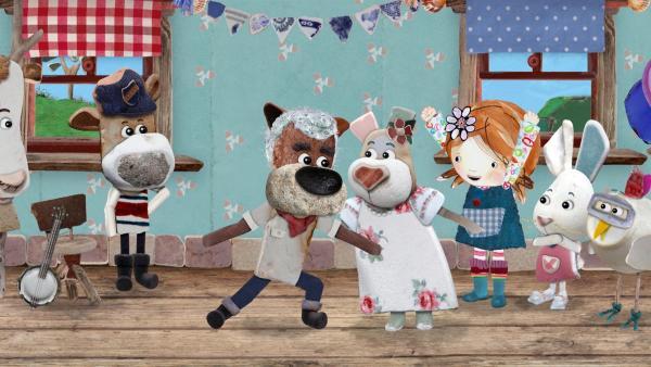 Tom und Nonna tanzen zusammen und alle sind begeistert von dem Traumpaar.<br/> | Rechte: KiKA/Sixteen South