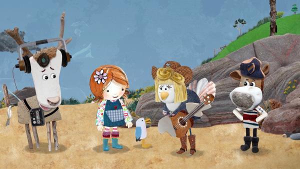 Kaum ist sie an Land, bezaubert Noleen Lord von Hirsch, Lily, Pelle und Salty mit ihrem Gesang. | Rechte: KiKA/Sixteen South