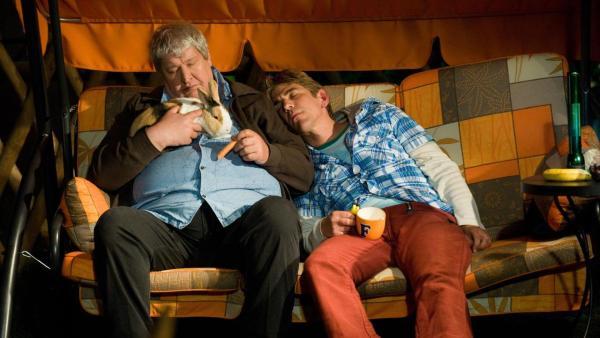 Fritz hält ein Kaninchen   Rechte: ZDF