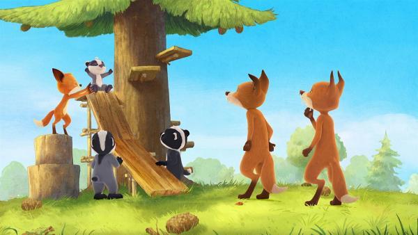 Opa Fuchs hat für die Kinder eine tolle Überraschung gebaut. | Rechte: WDR/Mediatoon