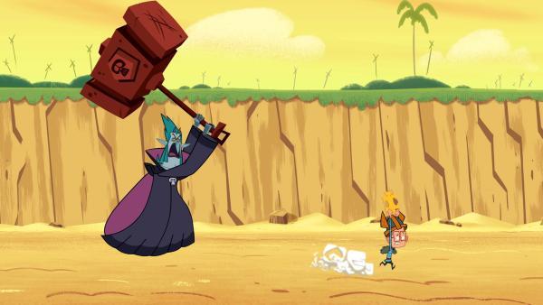 Vipkrad geht mit dem Riesenhammer auf Marcus los, um das Spiegelstück zu ergattern. | Rechte: © ZDF/Mondo TV France