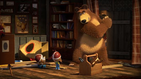 Der Bär will sich beim Raketenbau nicht stören lassen.    Rechte: KiKA/Animaccord LTD