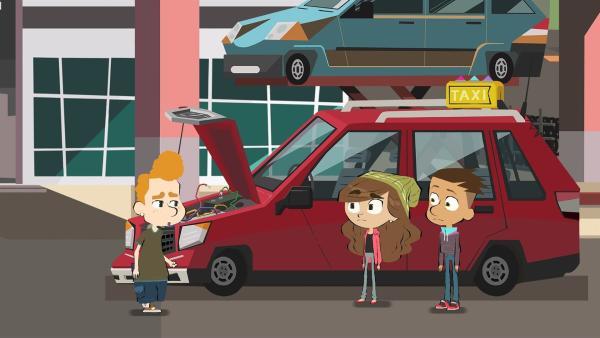 Max (re.) und Emilia (Mi.) entdecken das Taxi von Max' Vater bei Leons (li.) Papa. | Rechte: hr/Monello Productions - MP1