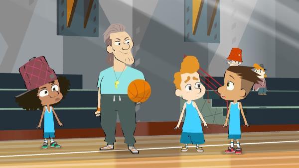 Beim Basketball (v.l.n.r.): Maurice, der Trainer, Leon und Max | Rechte: hr/Monello Productions - MP1
