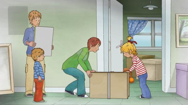 Conni packt mit an! Sie zieht mit ihrer Familie in ein anderes Haus, und alles Wichtige wird in Kisten verstaut. Vielleicht passt sie auch in eine?   Rechte: ZDF/Henning Windelband/Youngfilms GmbH