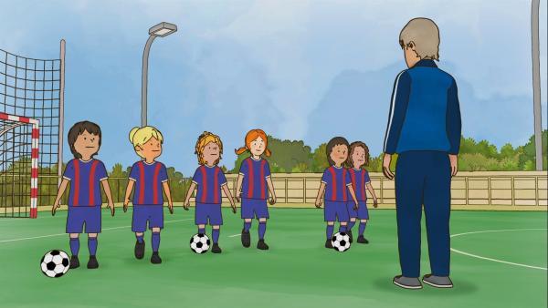Fußballtrainer Malzi trainiert die Bambinimannschaft. | Rechte: ZDF/Henning Windelband/Youngfilms GmbH