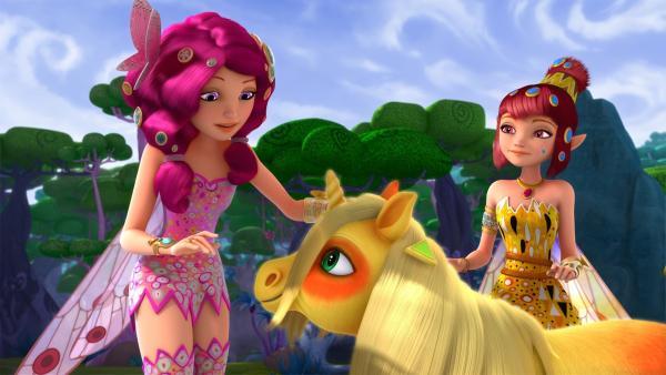 Mia und ihre Freunde sind auf einer Insel gestrandet, die von kleinen Pony-Einhörnern bewohnt wird. | Rechte: ZDF/2017 Hahn & m4e Productions