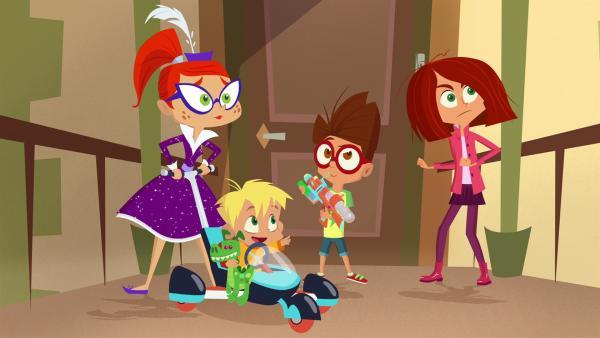 Die Kinder und Miss Moon sind ein starkes Team. | Rechte: KiKA/Safari de Ville/TF1/PGS Entertainment