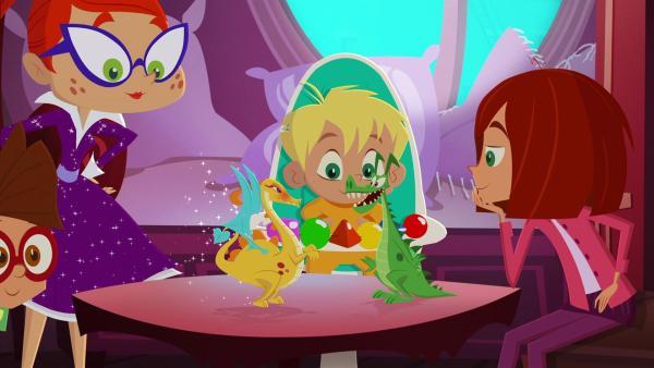 Mr. Pick hat sein Drachenmädchen gefunden. | Rechte: KiKA/Safari de Ville/TF1/PGS Entertainment