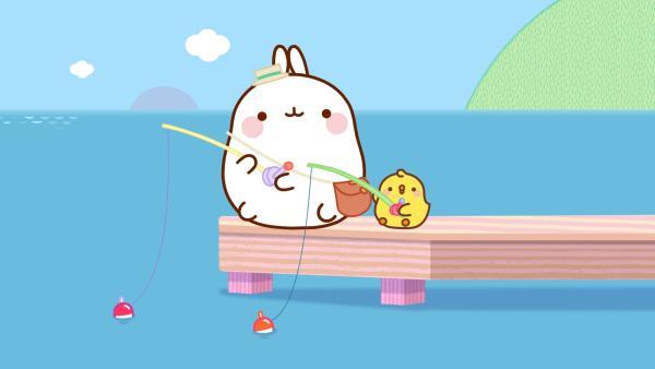 Molang und Piu Piu sind am See um zu angeln. | Rechte: hr/Millimages