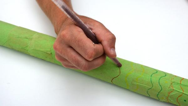 Hier gibt es kein Richtig oder Falsch, denn jedes Didgeridoo ist ein Einzelstück.   | Rechte: KiKA