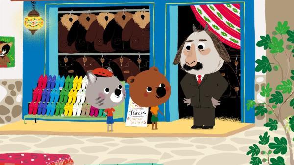 Mouk und Chavapa klappern einen Laden nach dem anderen ab, um das richtige Leder für die Aufführung zu finden. | Rechte: KiKA/Millimages
