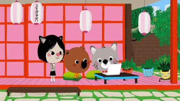 Der Tag fängt für Mouk und Chavapa in Tokio gut an. Sie machen mit ihrer Freundin Atu ein Picknick im Park. | Rechte: KiKA/Millimages
