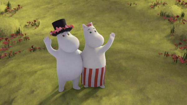 Endlich Frühling im Mumintal. Muminpapa und Muminmama freuen sich auf den Sommer. | Rechte: ZDF/Moomin Characters/Gutsy Animations 2019