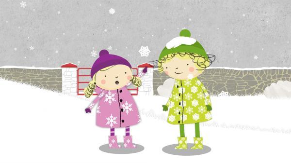 Nora und Nele bewundern eine Schneeflocke. | Rechte: KiKA/Geronimo Productions