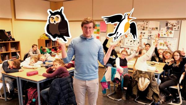 Reporter Robert trifft die sechste Klasse der IGS Paffrath und findet mit ihnen gemeinsam heraus, wer Frühaufsteher und wer Langschläfer ist. | Rechte: WDR/tvision