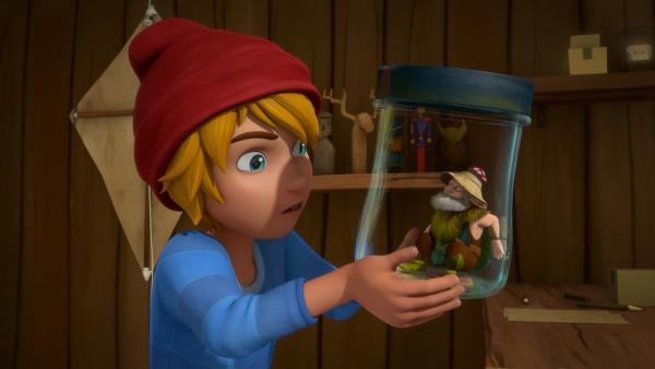 Wenn Nils den gefangenen Elfen wieder freilässt, hat er einen Wunsch frei. | Rechte: BR/Studio 100 Animation/Studio 100 NV