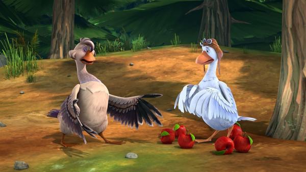 Goldauge behauptet, Martin hätte den wertvollen Glücksbringer der Schar gegen ein paar Äpfel getauscht. | Rechte: BR/Studio 100 Animation/Studio 100 NV