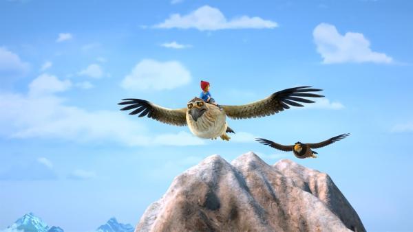 Gorgo und Nils sind unterwegs, um Martin aus einem Adlernest zu retten.   Rechte: BR/Studio 100 Animation/Studio 100 NV