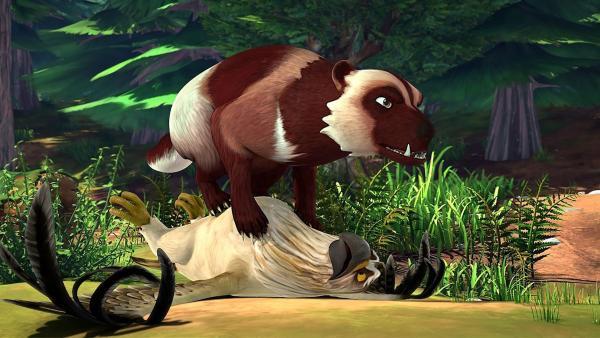 Ein Bärenmarder schnappt sich Akka und Gorgo. Ob ihnen der Stein der Entscheidung auch jetzt weiterhelfen kann? | Rechte: BR/Studio 100 Animation/Studio 100 NV