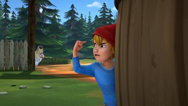 Zusammen mit Martin und Gorgo schleicht sich Nils auf einen Bauernhof, um etwas zu Essen zu finden. | Rechte: BR/Studio 100 Animation/Studio 100 NV