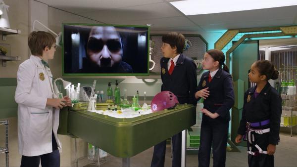 Der Schräge Todd hat Oscars Dreh-Um-Inator geklaut und kann jetzt alle Zahlen umdrehen. Ein Chaos droht dem Hauptquartier.  | Rechte: hr/Odd Productions LLC