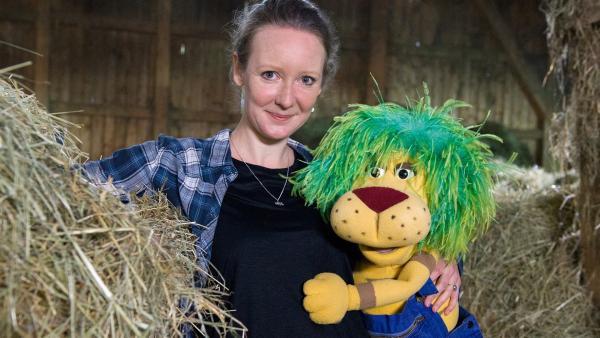 OLI macht mit Freundin Davina Urlaub auf dem Bauernhof. | Rechte: SWR/Alexander Kluge
