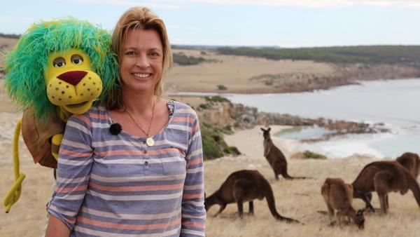 Oli und Känguru-Expertin Katja auf Kangaroo Island | Rechte: SWR/Film Company Baden-Baden
