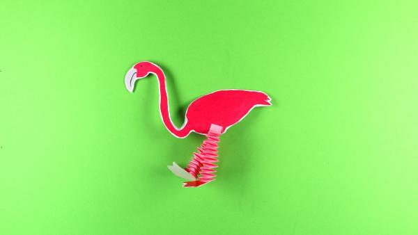 Flamingo basteln | Rechte: KiKA/Nicole Bock