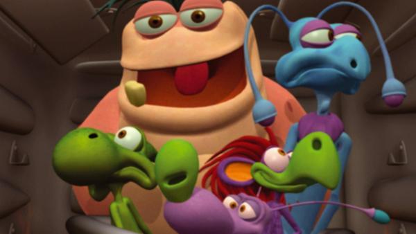 Die fünf Aliens - Gumpers (hi.), Dinko (1.v.li.), Scruffy (2.v.li.), Flip (3.v.li.), Swanky (4.v.li.) - haben sich beim Tommy im Leuchtturm eingenistet und sorgen bei ihm für jede Menge Aufregung. | Rechte: KiKA/Taffy Prod.