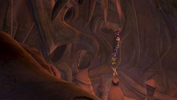 Die Piraten werden in der Höhle zurückgelassen, schaffen es aber irgendwann, die Tür aufzubrechen und zu fliehen. | Rechte: ZDF/method Film/DQ Entertainment