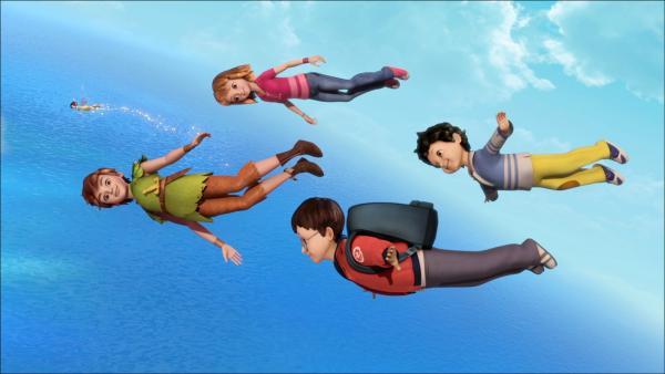 Peter Pan, Wendy, John und Michael sind zusammen mit TinkerBell auf dem Luftweg nach Nimmerland. | Rechte: ZDF/method Film/DQ Entertainment