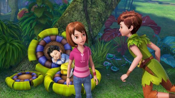 Michael schläft und Peter Pan und Wendy schmieden Pläne.   Rechte: ZDF/method Film/DQ Entertainment