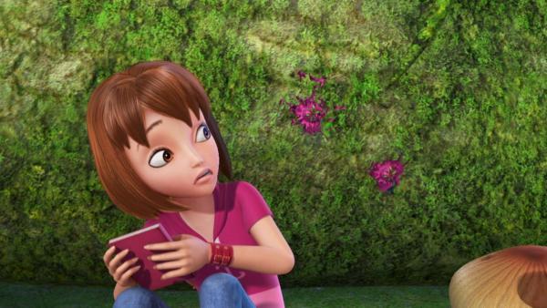 Wendy hat Angst so allein im Geheimen Garten. | Rechte: ZDF/method Film/DQ Entertainment