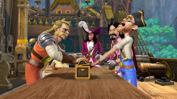 Die Piraten haben die Schatztruhe an sich gebracht und stehen vor der feierlichen Öffnung: was da wohl drin sein mag? | Rechte: ZDF/method Film/DQ Entertainment