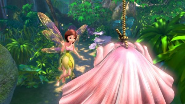 Tinker Bell will Peter Pan helfen, weiß aber nicht wie. | Rechte: ZDF/method Film/DQ Entertainment