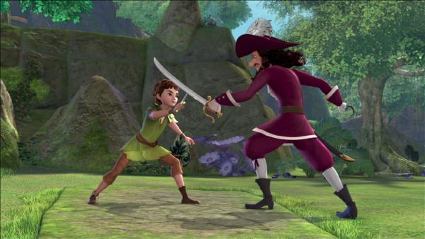 Peter Pan und Captain Hook kämpfen gegeneinander. | Rechte: ZDF/method Film/DQ Entertainment