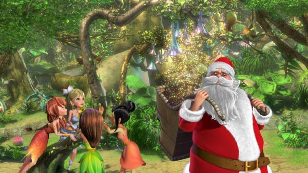 Der Weihnachtsmann in Nimmerland bei den Sylphies, die auch ein Geschenk bekommen. | Rechte: ZDF/method Film/DQ Entertainment