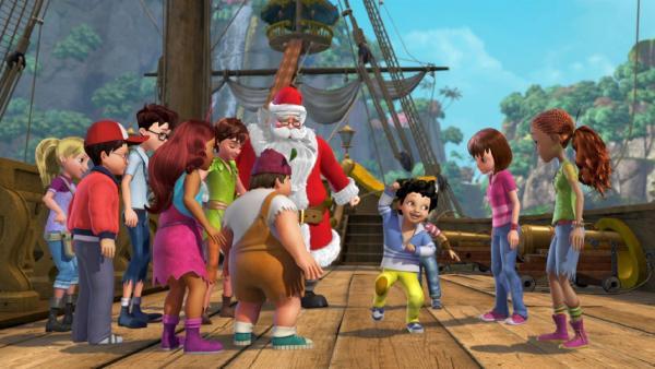 Der Weihnachtsmann inmitten der aufgeregten Verlorenen Kinder. | Rechte: ZDF/method Film/DQ Entertainment