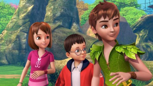Peter Pan, Wendy und John haben eine interessante Entdeckung gemacht.   Rechte: ZDF/method Film/DQ Entertainment