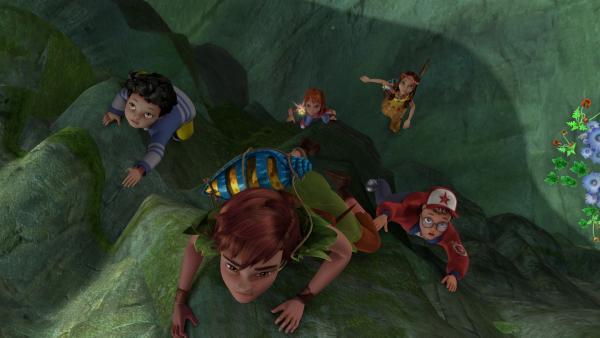 Das Mädchenteam mit Tinker Bell, Wendy und Lily ist dem Jungenteam - Michael, Peter Pan und John - dicht auf den Fersen. Wer wird wohl gewinnen?   Rechte: ZDF/DQ Entertainment