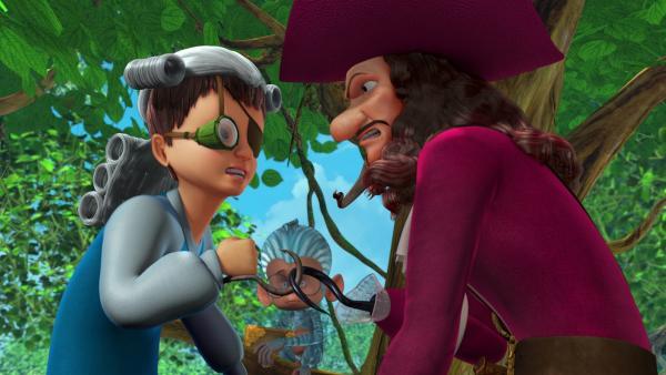 John nimmt die Herausforderung an, die ihm sein Totemtier gestellt hat, und fordert Captain Hook heraus. Mit dem Okular eines Fernrohrs hat John sein Sehproblem gelöst, und mit Eisenhaken an den Händen kann er klettern wie ein Affe.   Rechte: ZDF/DQ Entertainment