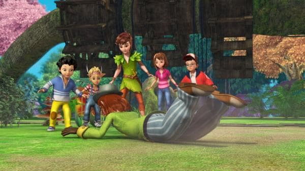 Mr. Ploof will vor den Kindern Michael, Lily, Peter Pan, Wendy und John als Held dastehen. | Rechte: ZDF/DQ Entertainment