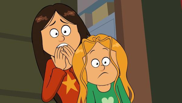 Wendy und Marine suchen besorgt nach der entflohenen Riesenschlange. | Rechte: NDR/Bamboo Production/Samka Productions