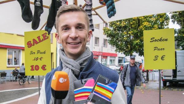 Eric testet als Verkäufer Werbetricks | Rechte: ZDF